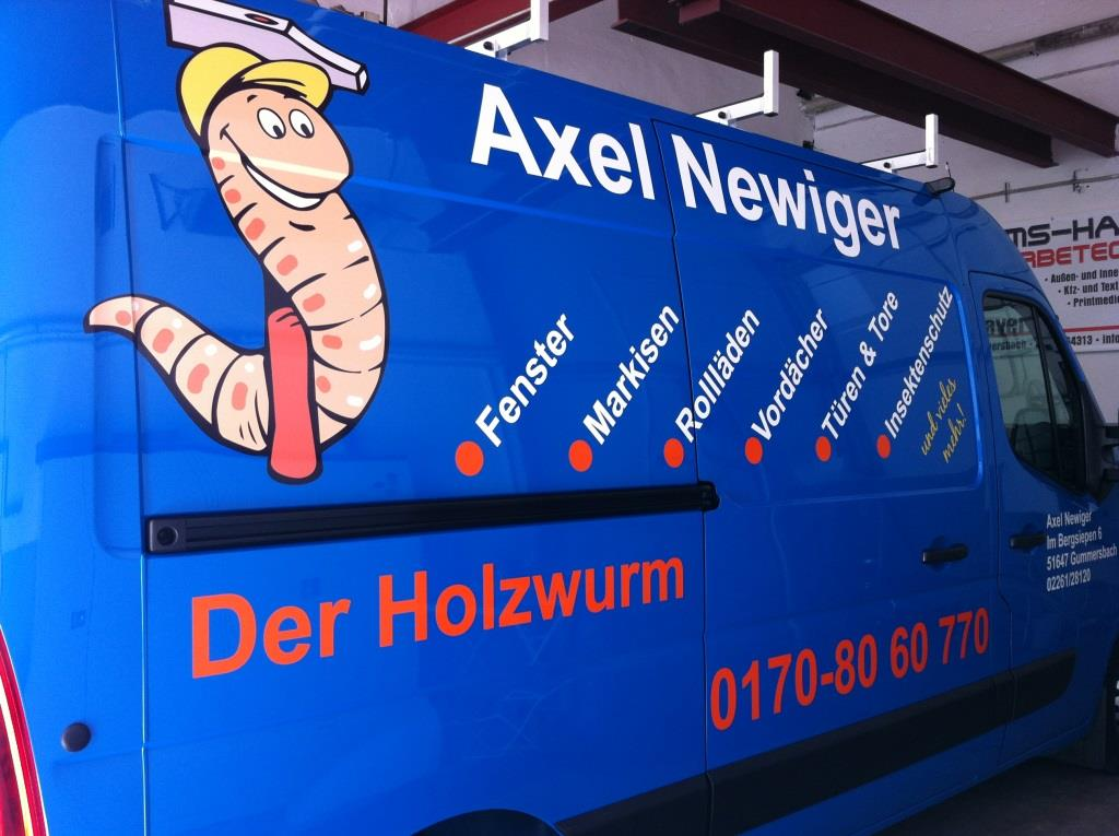 newiger_axel_01_08082013